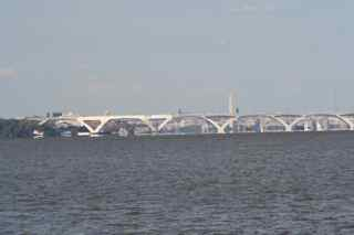 c-woodrow-wilson-bridge.jpg